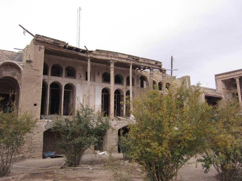 habib-abadi-home3